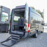Ford Transit con pedana per carrozzina