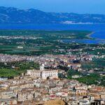 Castello Ducale di Corigliano-Rossano e piana di Sibari
